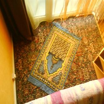تزيين البيت باغراض الصلاة